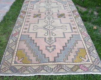 Vintage Bohemian Pastel Colored Decorativ Oushak Rug, Oushak Saloon Rugs , Handmade Old Turkish Wool Rug 140 x 280 cm/ 4'5 x 9'1