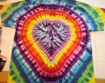 XL. Heart tie dye t-shirt