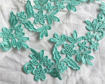 1 Pair Lace Applique Solubility Trim Appliques in Green for Dress,DIY,Headpieces, WL866