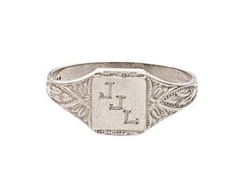 Estate Genuine 10K White Gold Vintage Victorian Signet Girl Boy Child Ring sz 3.75 Pinky Midi Marked Children Engravable Name Initials Baby