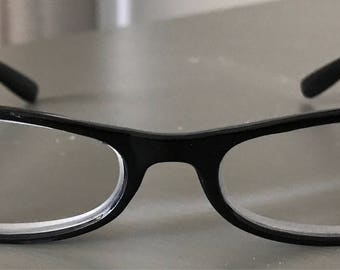 Rhinestone eyeglass readers