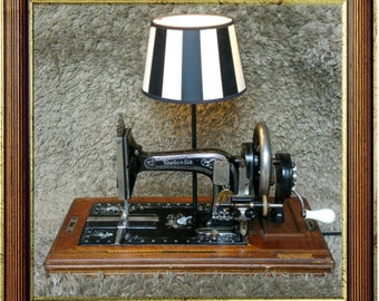Unique! | Neerlandia Amsterdam | Antique Sewing Machine | Table Lamp Lighting | Made in Holland 1890 | Design Object | FREE Shipping*