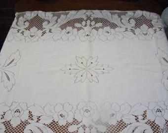 Vintage Linen Table Runner