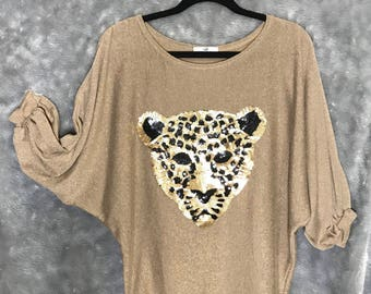 Womens sweater with leopard design - ONE SIZE, beige