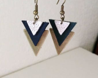 Earrings geometric chic triple triangles reversed black and silver leather