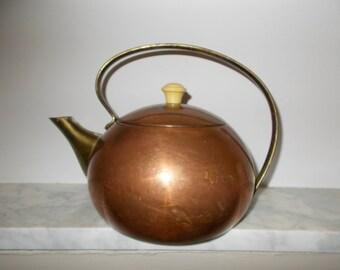 Vintage Copper Kettle/ Tea kettle