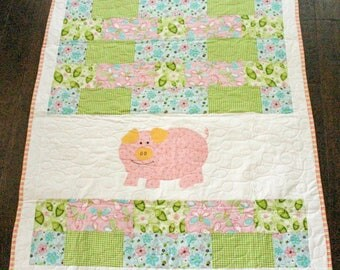 Pig Quilt, Baby Quilt, Nursery Quilt, Pink Quilt, Baby Girl Quilt