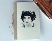 Amélie Poulain Petit carnet, avec illustration portrait audrey Tautou dans le film Amélie Poulain Paris Montmartre