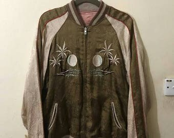 Sale Free shipping...Vintage Souvenir Sukajan Satin Jacket Embroidered Snake and Spider On Back, Reversible sukajan jacket, Size Large.
