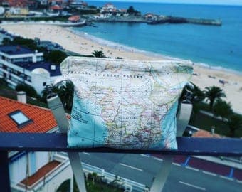 Bag world map. The world map fabric bag. Available in various colors.