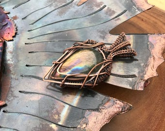 Gorgeous labradorite pendant