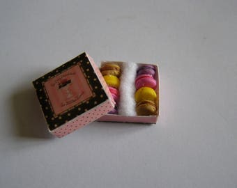 box with macaroons Fimo