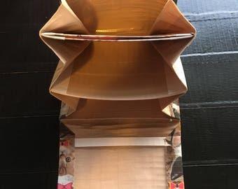 Bi-fold according duct tape wallet