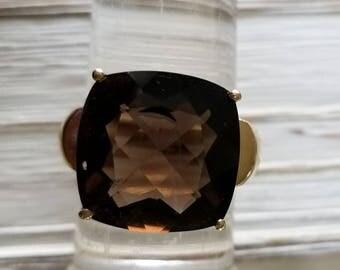 Ladies 10kyg Smokey Quartz Fashion Ring