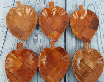 Set of 6 Woven Wood Leaf Shaped Salad Bowls Parquet Checkered Wood Modern 70s Industrial Kitchen Decor Decorative Snack Dish Tiki Look