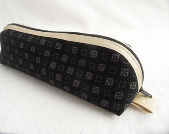 Zipper Pouch Black and gold