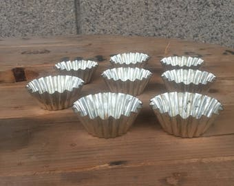 Cake Molds set of 8, Vintage Bakeware, Muffin Cups, Metal Cake Molds, Muffin Molds, Vintage Molds, Metal Baking Molds, Old Muffin Molds