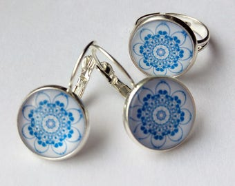 Earrings and a ring with cabochons!