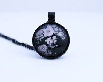 Floral Pendant - Pendant necklace - Gothic necklace - Gothic jewellery - Black pendant - Photo jewellery - Christmas gift - Round pendant