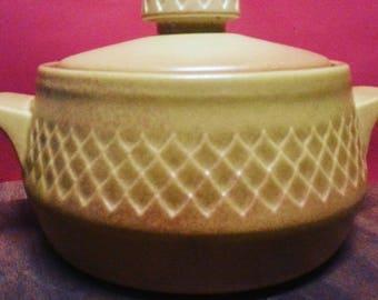 Vintage Australian Diana Pottery Nefertiti Stoneware Casserole