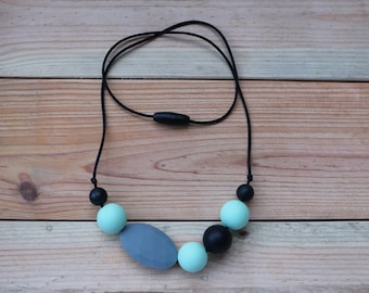 Teething necklace, nursing necklace, BPA free silicone necklace, chewelry, baby safe jewelry
