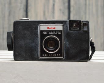Vintage Kodak Instamatic S-20 126 cartridge film camera