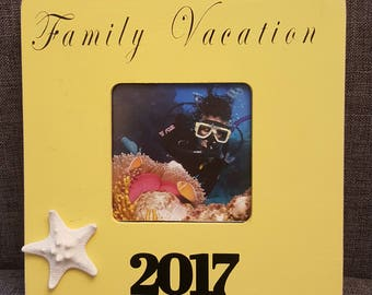 FAMILY  VACATION, picture frame , gift ,custom  made, family