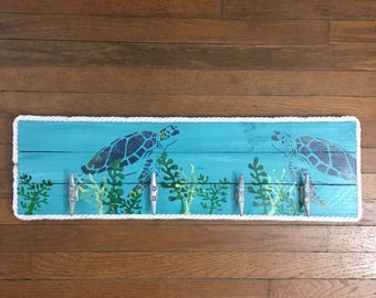 Turtle with seagrass cleat rack, Nautical Cleat Rack, Patio Hooks, Dock Cleat Rack, Coastal Decor, Pool towel hooks, Coastal Decor
