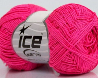 ICE PLAIN FUCHSIA 50G FINGERING WOOL 3 / / 40