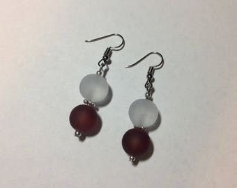"Earrings ""in red and white sea"""