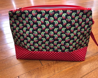 Knitting Bag, Project Bag, Zippered Wedge Bag, Crochet Bag, Fiber storage, Zippered Pouch, Zipper Bag