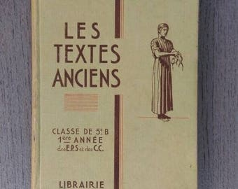 Book 'the ancient texts' class of 5th from the 1930s