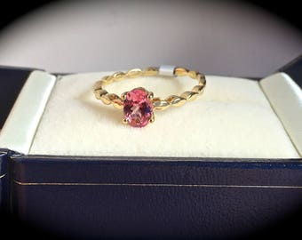 "Natural Pink Spinel Ring  Y Gold Size P (US 8) ""CERTIFIED SI"" - Exquisite Colour!"