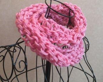 Light pink cowl