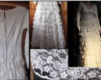 Stunning vintage 1970s lace dress ... needs TLC size 10