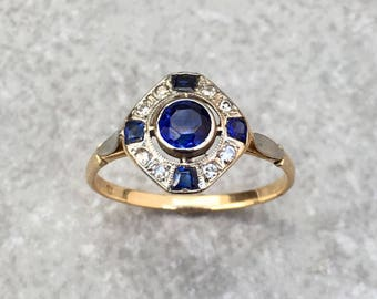 Art Deco Sapphire and Diamond ring in 14K White and Yellow Gold - size US 7,5 / UK O (sizeable)
