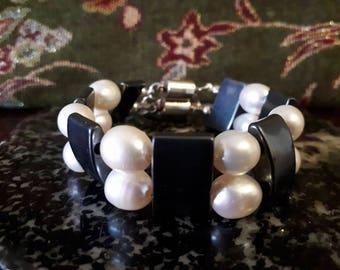 Hematite and Fresh Water Pearl Bracelet