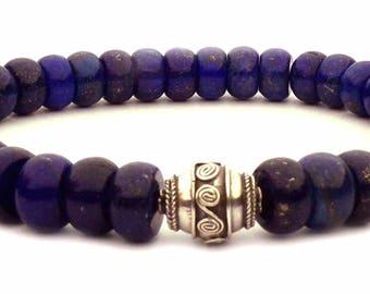 The Lapis lazuli bracelet