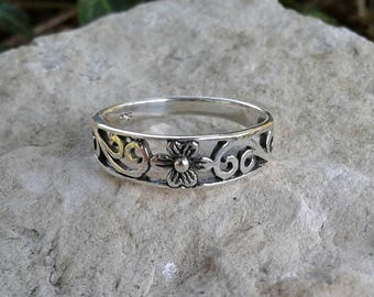 Flower Ring, Solid Sterling Silver Flower Ring with Swirls