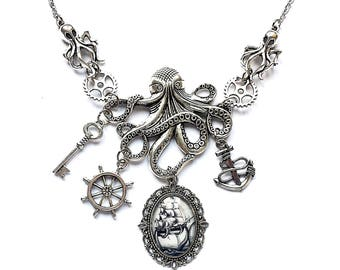 necklace octopus kraken chtulhu lovecraft silver cameo boat gears key anchor rudder sea ocean animal fantasy occult gothic steampunk dark