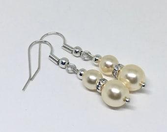 Elegant Cream Pearl Earrings, Pearl Earrings, Elegant Earrings, Bridal Earrings, Bridesmaids Earrings,Clip on  Dangle Earrings, Gift for Her