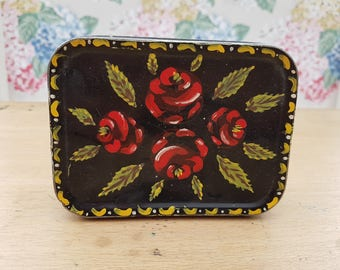 Vintage hand painted floral barge ware/art style painted tobacco tin