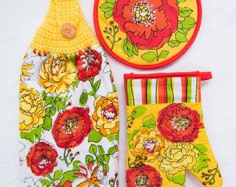 Summer Garden Kitchen Towel - Crochet Top