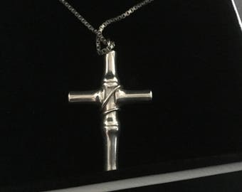 Gucci Solid silver Bamboo Cucifix with genuine Gucci siver chain