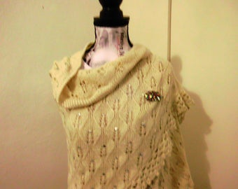shawl is handmade beige with sequins / 80 S
