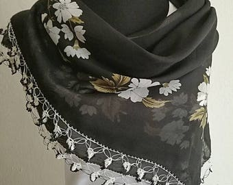 Black white floral Turkish oya scarf with crochet lace edging, Turkish lace scarf