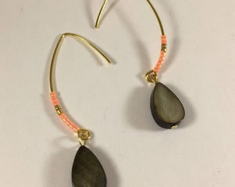 Earrings sleepers gold and Pearl drops