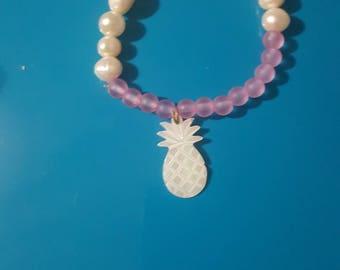 Pineapple mother pearl beaded bracelet