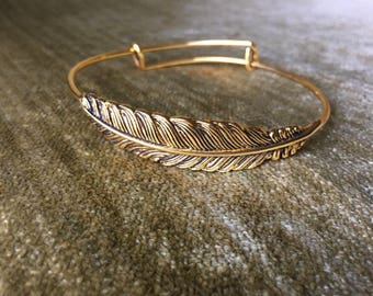 Feather Bracelet- Expandable Wire Bangle Bracelet with Gold Leaf