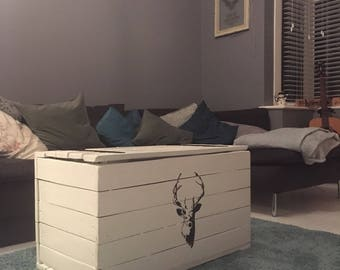 Reclaimed Wooden Stag Reclaim Pallet Trunk - Chest Coffee Table